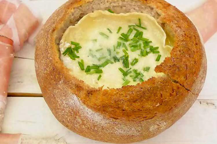 fondue de camembert et pain de campagne